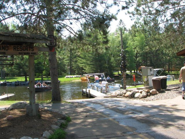 Resorts with a Boat Launch on the Chippewa Flowage