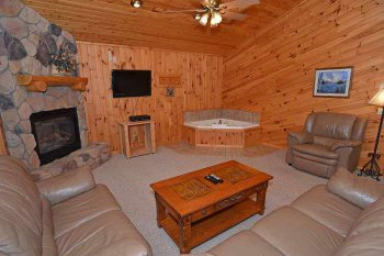 Cabin 102 at Pats Landing image 8