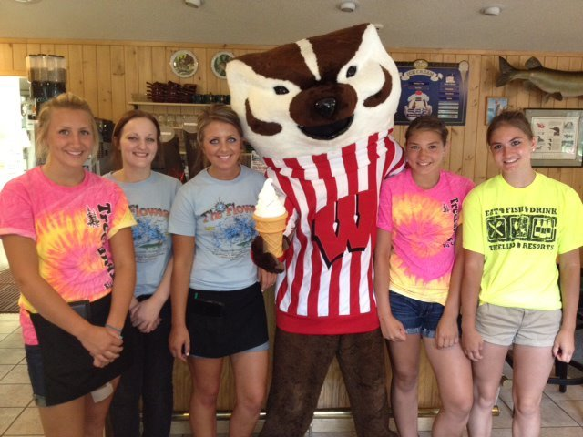Bucky-Badger-Ice-Cream-crew