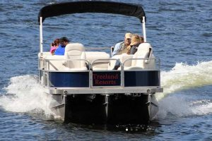 tri-tube pontoon rentals